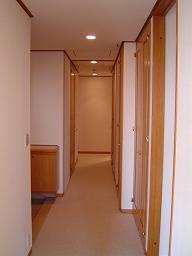 Hiroo Garden Hills - Corridor