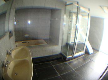 Mina House - Bath Room