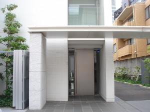 Apartments Nishi-azabu Kasumicho - Entrance