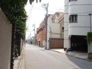 Fujiya House - Neighbor