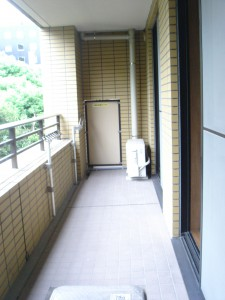 Towa Akasaka Apartment - Balcony