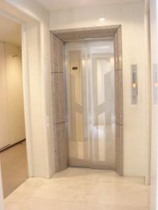 Residia Yoyogikoen - Elevator