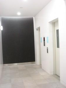 Residia Daikanyama Sarugakucho - Elevator