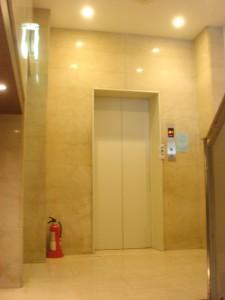 Daikanyama Park Side Village - Elevator