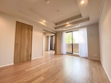 Apartment in Kamiyoga 4-Chome (Setagaya) – FOR SALE